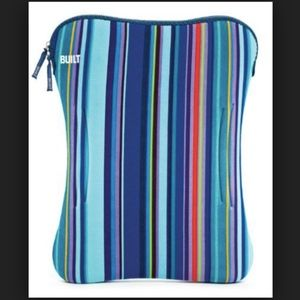 Built Accessories - Built Neoprene Blue Striped Laptop Case 16""
